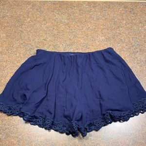 A'Gaci blue shorts